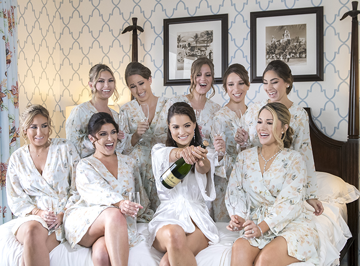 Wedding Day Must-Have: Bridesmaid Robes